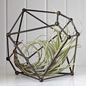 Polyhedron geometric mod sculpture